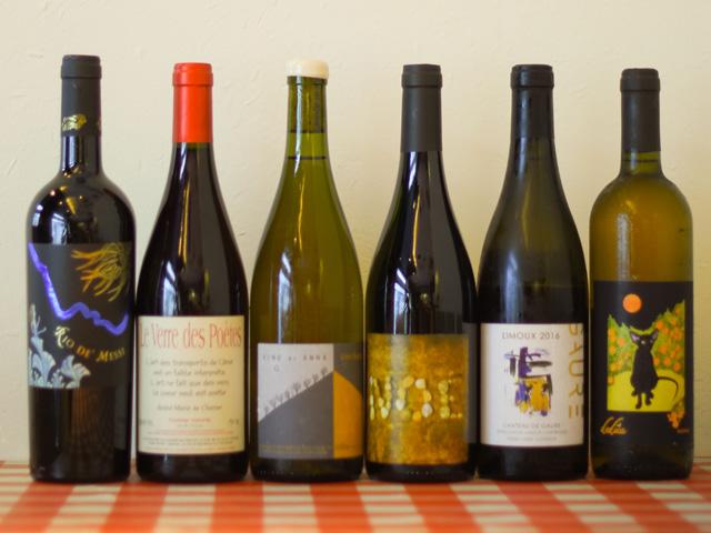 ワインはオーガニック、ナチュール合わせて100種以上