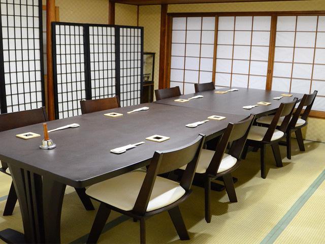 テーブル個室もあり接待や宴会でご利用頂けます。