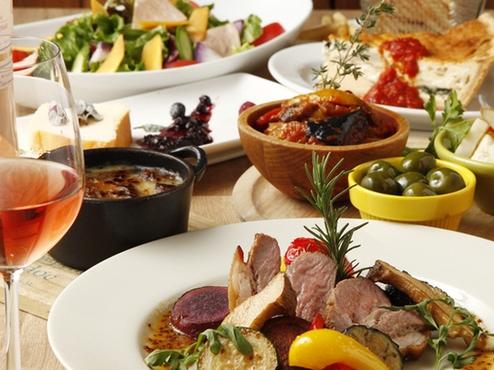 こだわり食材を使った、ワインに合う豊富な料理!