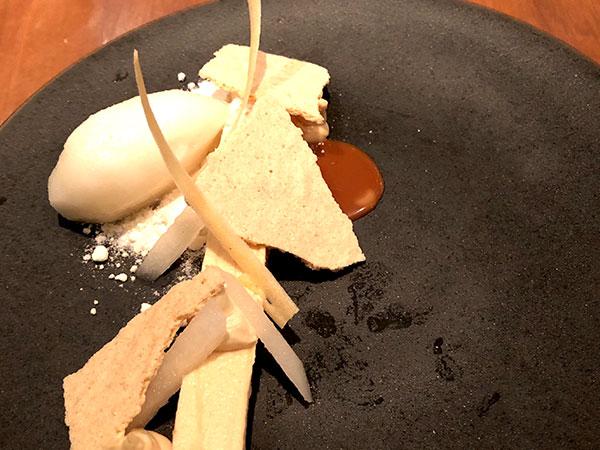 (デザート)キャラメルポワールのムースと和梨のソルベ