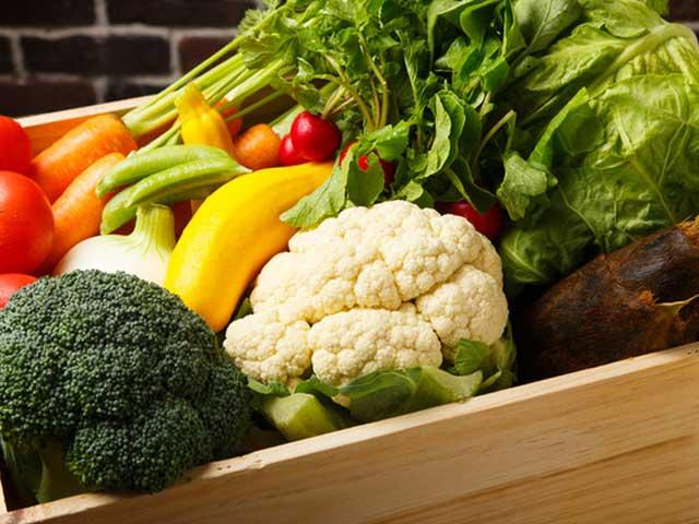 当店の野菜は新鮮でみずみずしい地元糸島産の無農薬野菜ふんだんに使用しております。