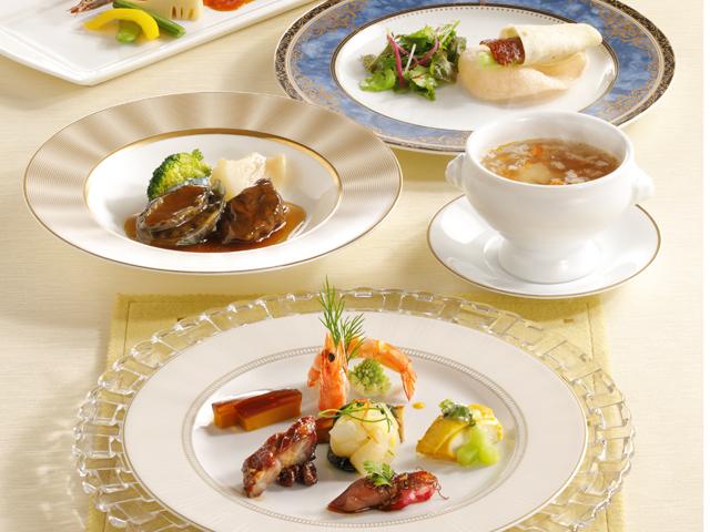季節ごとに変わるコース料理 (翠玉)