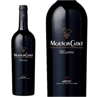 真っ黒のワインボトル