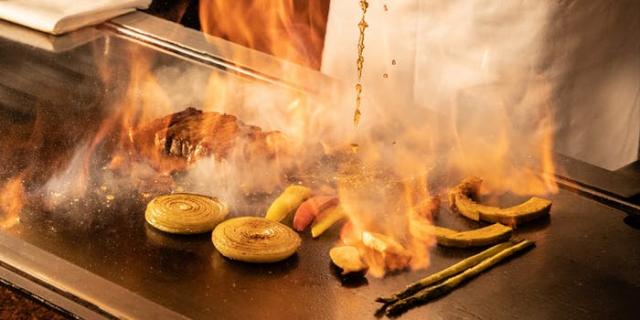 エクセレントクラブ新宿の鉄板焼き