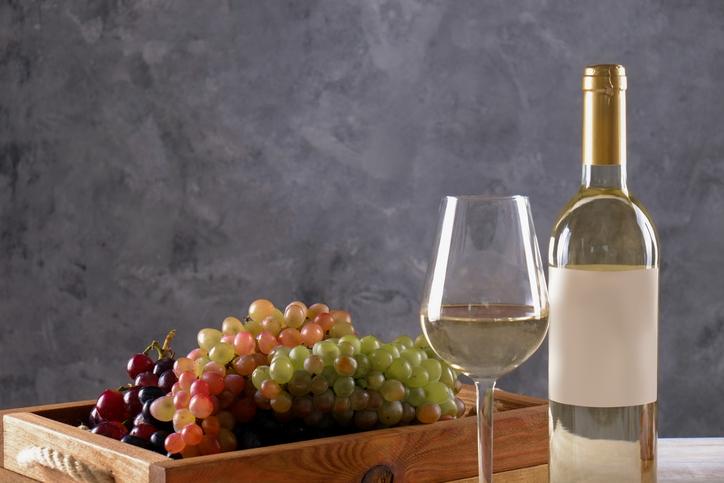 白ワインとぶどう