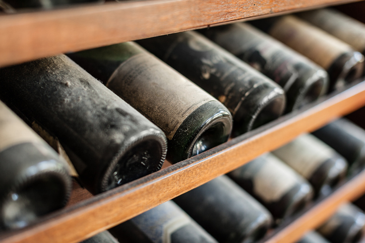 ホコリをかぶっているワイン