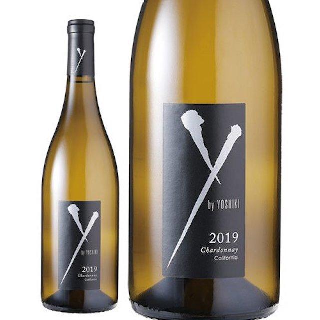 黄緑色の瓶にYのロゴが入った黒色のラベルの白ワイン