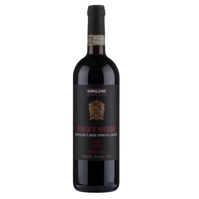 緑色の瓶にKIRKLANDのロゴが入った黒いラベルの赤ワイン