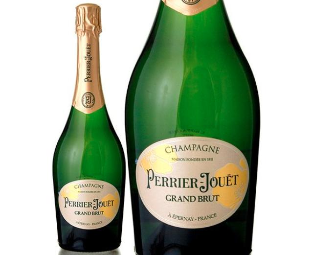 ペリエ ジュエ「ペリエ ジュエ グラン ブリュット 白」のボトルとラベルのアップ