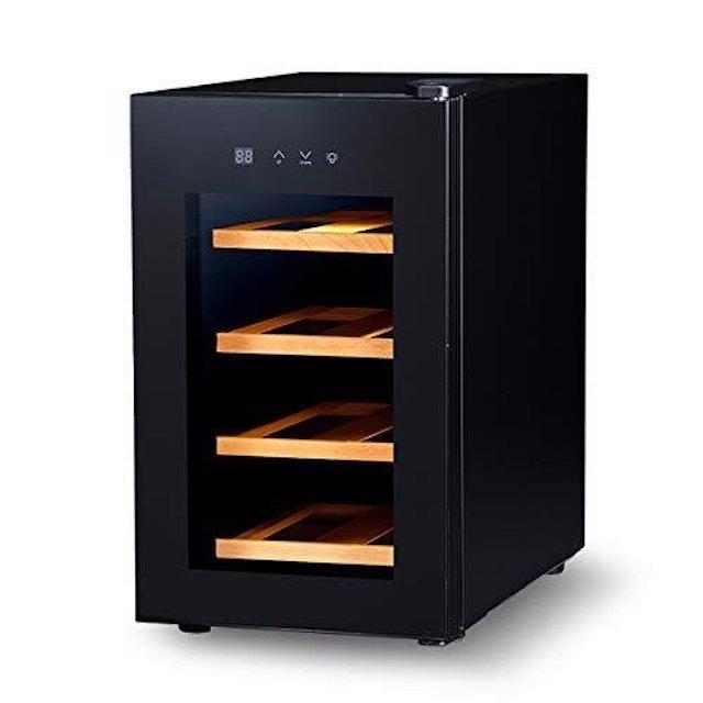 木の棚ががついた小型ボックス型ワインセラー